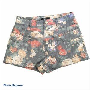 🍬5/$25 Forever 21 High Rise Floral Denim Shorts